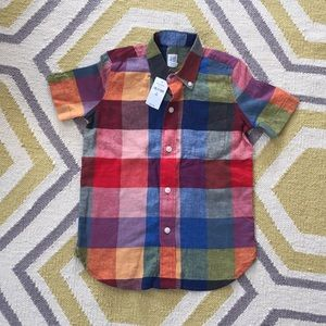 NWT GAP linen blend button up